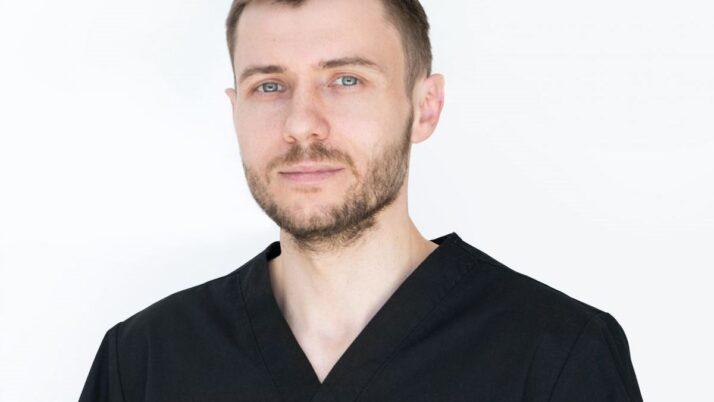 Лесняков Антон Федорович проведет прием 3 и 4 апреля в клинике «МедиЭстетик»