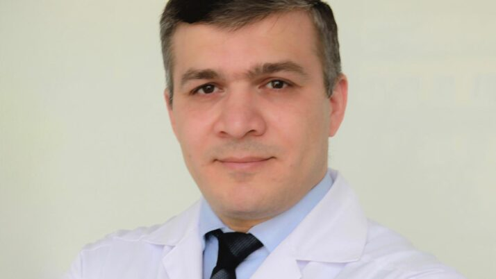1-5 июня в клинике будет вести приём пластический хирург Рахимов Ахмед Якупович